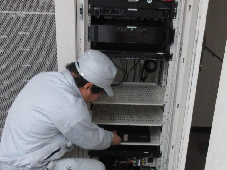 中部地方整備局管内テレビ会議システムの本体設置