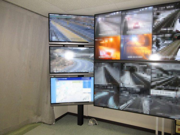 中部地方整備局 液晶モニター設置