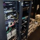 GLA中京会館の通信機器収容架